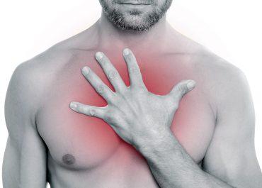 Боль в груди как симптом других заболеваний: к какому врачу обратиться в Анапе